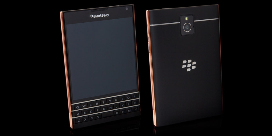 Blackberry Passport Rose Altın
